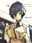 1boy aiwatan arisato_minato blue_eyes blue_hair headphones male persona persona_3 short_hair smile solo