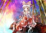 1girl bamboo bow fujiwara_no_mokou hair_bow highres leaf long_hair red_eyes risutaru silver_hair sitting sparkle star_(sky) suspenders touhou very_long_hair water