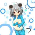 1girl 5240mosu ahoge animal_ears blush grey_hair mouse_ears mouse_tail nazrin pajamas pillow pillow_hug polka_dot polka_dot_background red_eyes short_hair solo tail